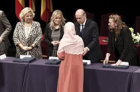 """Musulmanes en España representados en el funeral y envían su """"abrazo hermanado"""" con lasvíctimas"""