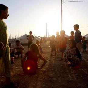 Decenas de musulmanes desafían al Estado Islámico y salvan a sus vecinoscristianos
