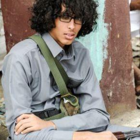 """""""Vivimos en una cárcel gigante""""   La juventud yemení se enfrenta a más de tres meses sin electricidad debido a laguerra"""