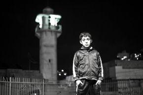 Israel condena a cadena perpetua a 5 niños palestinos por tirar piedras a unvehículo