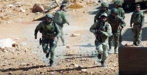 EXCLUSIVA: Imágenes filtradas de las fuerzas estadounidenses y británicas formando a rebeldessirios
