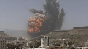 Aviones de guerra saudíes siguen bombardeando a civiles enYemen