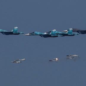 Fuerza Aérea rusa emplea bombas y misiles guiados por láser contra los depósitos de armas de Al Nusra enIdleb