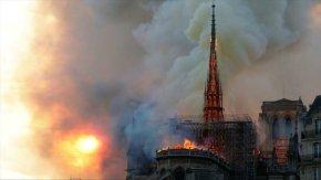 Irán lamenta destrucción de la catedral de Notre Dame deParís