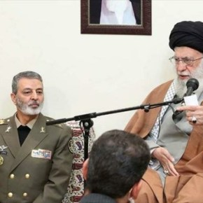 Ayatollah Khamenei elogia papel de las fuerzas armadas iraníes contra elterrorismo