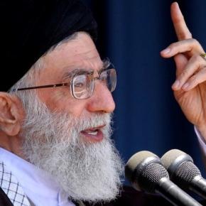 Líder de la Revolución iraní se reune con losacadémicos.