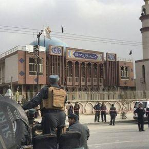 Mueren tres personas en un atentado contra una mezquita enKabul