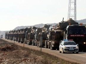 Turquía refuerza presencia militar en la frontera conSiria