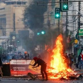 Chile: Militarizan las calles, condenan represión duranteprotestas