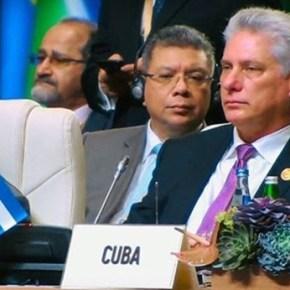 Cumbre del Mnoal: Presidente cubano pide fin a guerra impuesta a Siria y solución a conflicto israelo-palestino