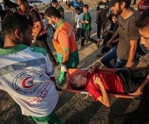 Fuerzas israelíes reprimen a residentes palestinos en al-Issawiya, Jerusalénocupada