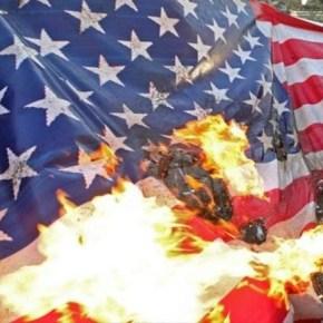 Libaneses protestan contra injerencia de EE.UU. frente a embajada enBeirut